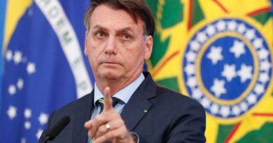 """Enquete: Você continua apoiando Bolsonaro, após ele dizer: """"Quem for de direita toma cloroquina, de esquerda toma Tubaína""""? Vote aqui!"""