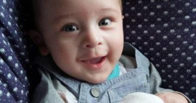 No meio de tanta notícia ruim bebê é curado de Covid- 19 e volta para sua família após ficar 2 meses internado.