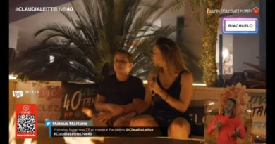 Filho de Claudia Leitte desmente mãe em live e deixa cantora em saia justa