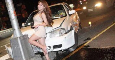 Fotos! Namorado sofre acidente e mulher aproveita cobertura da TV para fazer ensaio