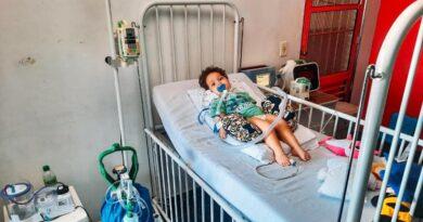 Com doença rara família de bebê tem apenas 3 meses para conseguir R$ 11 milhões e salvar a vida dele.