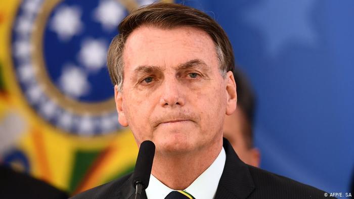 Bolsonaro veta indenização de 50 mil para profissionais da saúde prejudicados pela Covid-19 e causa revolta.