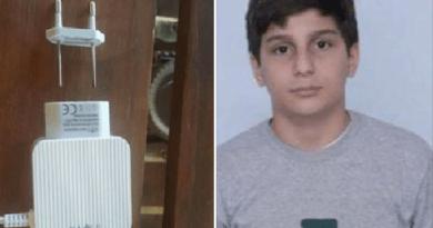 Menino de 13 anos morre após levar choque em carregador de celular; a família está arrasada.