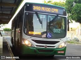 Passageiro 'dorme' até o ponto final do ônibus, e motorista descobre que ele estava morto o tempo todo