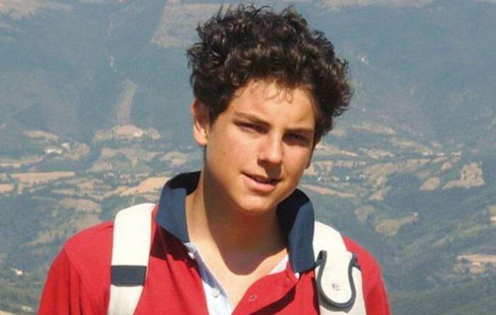 Jovem de 15 anos e 'primeiro influencer' da Igreja foi beatificado hoje