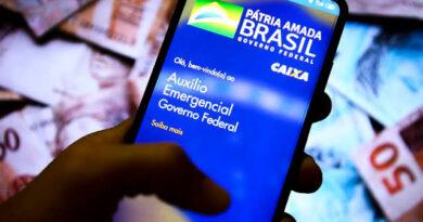 Caixa paga 2ª parcela do auxílio de R$ 300 para beneficiários do Bolsa Família