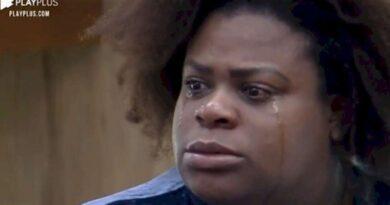 A Fazenda 12: na roça, Jojo chora em discurso de despedida e emociona a todos; Vídeo