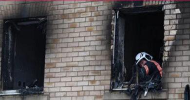 Mãe na tentativa de salvar as duas filhas se joga do apartamento pegando fogo com as crianças nos braços