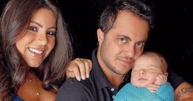 Thammy Miranda curte dia de praia com esposa e o filho, mas um detalhe chama a atenção de todos na internet