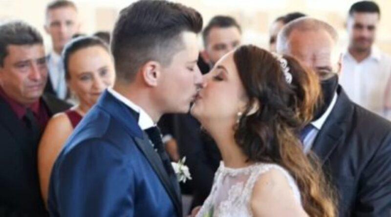 Noiva em fase terminal de câncer realiza sonho do casamento 10 dias antes de m0rrer