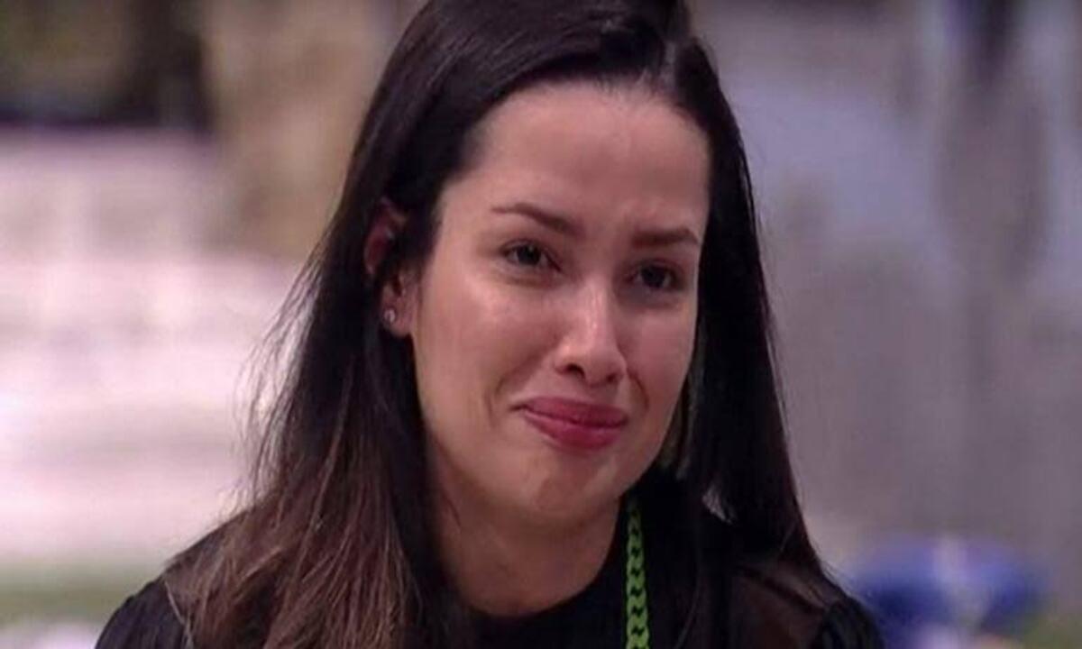 """Vidente faz previsões sobre futuro de Juliette após o BBB 21 e choca fãs da sister: """"passará por cirurgia""""."""