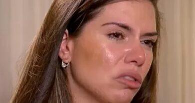 Viúva de Tom Veiga chora e condena suspeitas: 'Me definem como assassina'