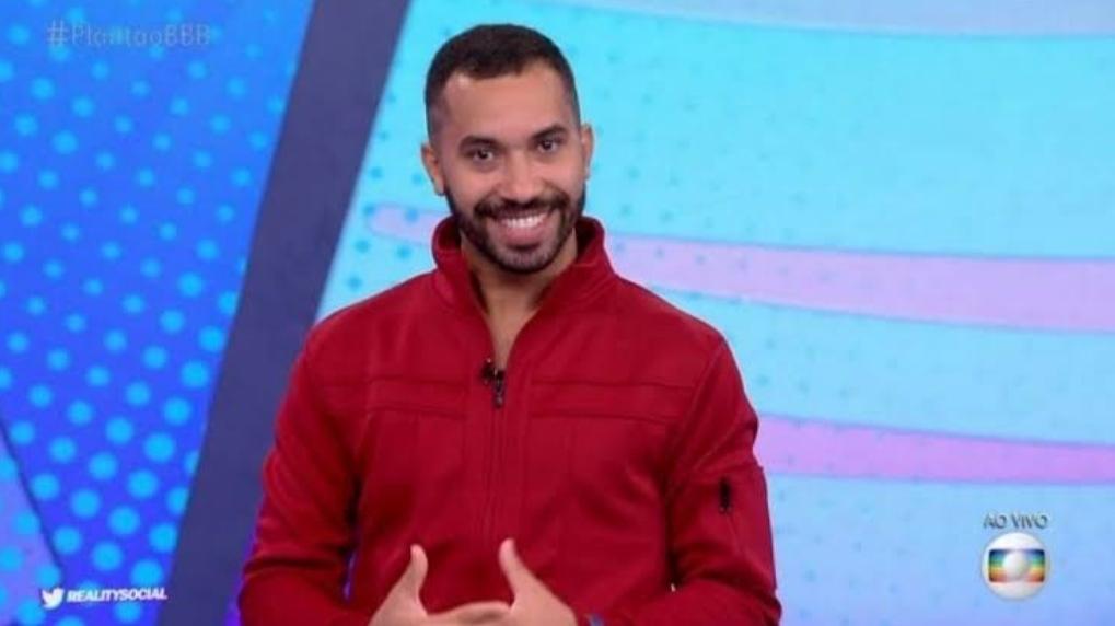 Gil fala de parceria com Juliette e amizade com Fiuk: 'Queria o corpo dele'